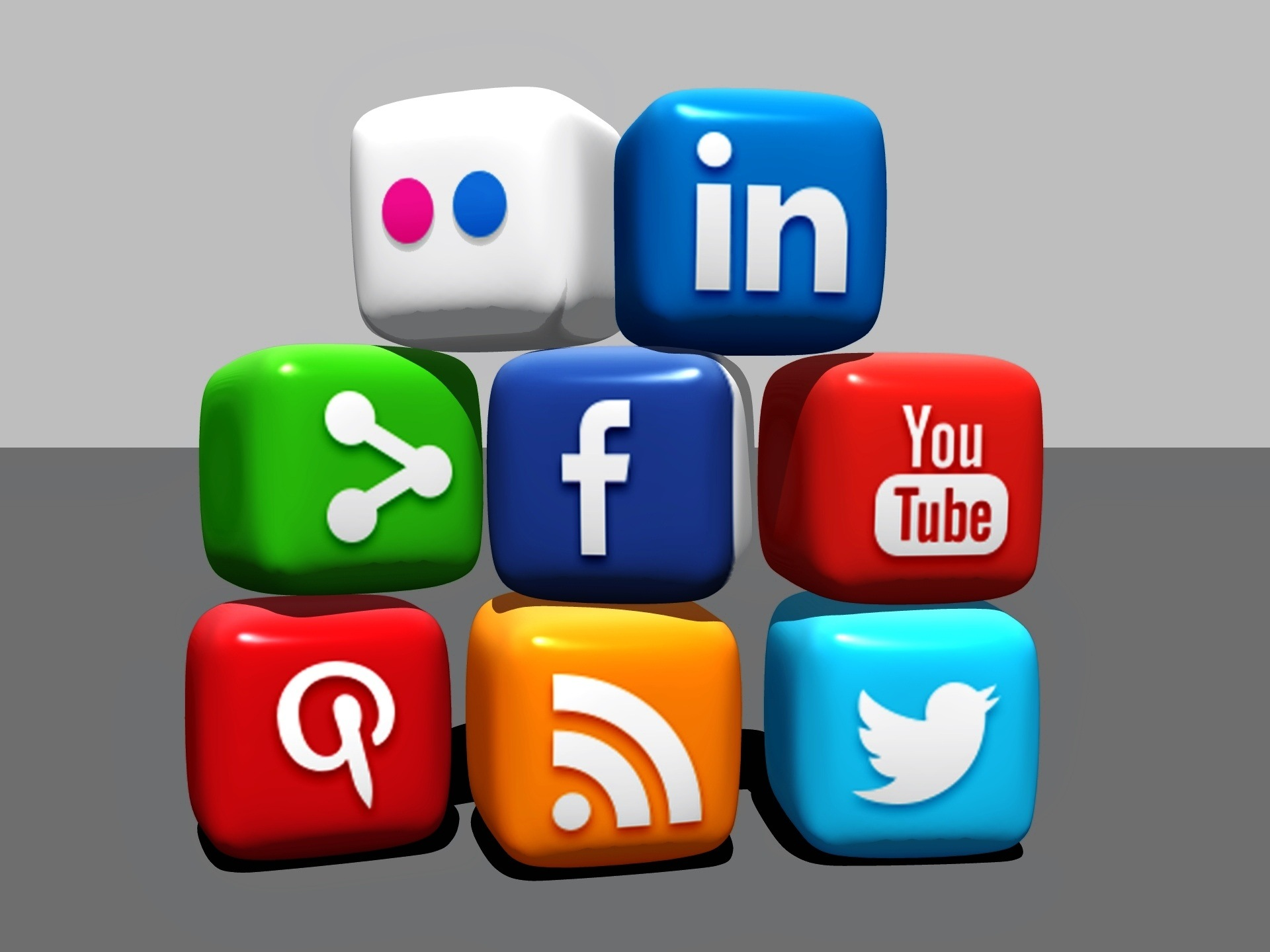 Real Estate Social Marketing Services